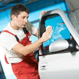 AUTOMOTIVE GLASS REPAIR